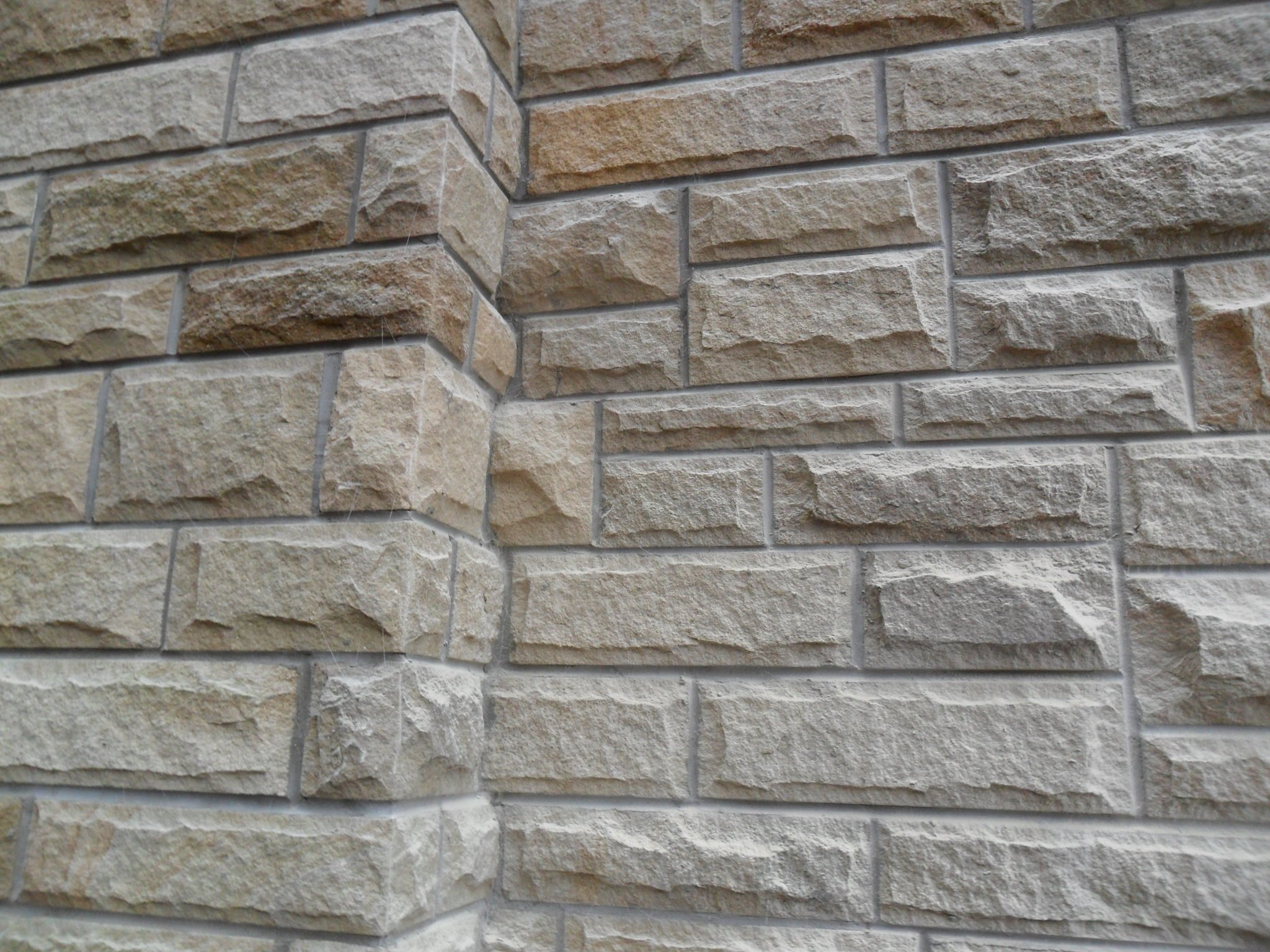 Pitched Sandstone Walling